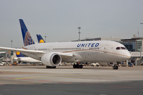 FRA 07.03.2015; N26910; Boeing 787-8 United Airlines