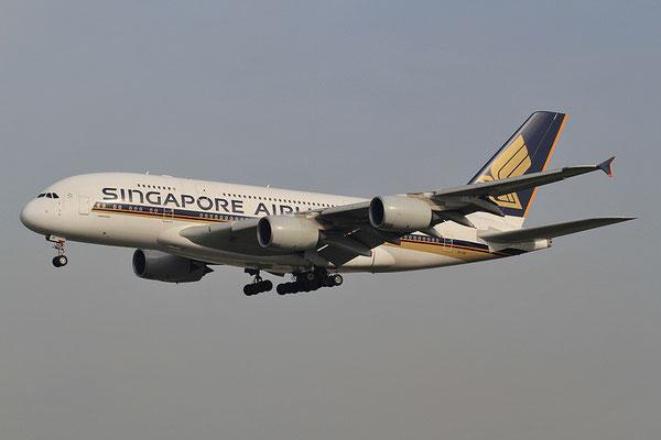 FRA 20.10.2012; 9V-SKI Airbus A 380-800 Singapore Airlines