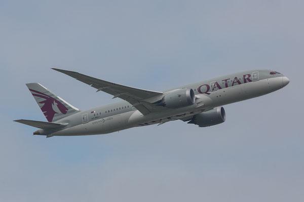 FRA 27.09.2014; A7-BCJ Qatar Airways Boeing 787-8
