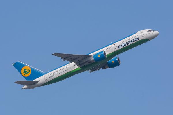 FRA 27.09.2014; UK75701 Uzbekistan Airways Boeing 757-23P