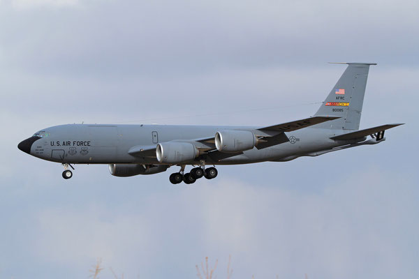 RMS 19.01.2012; 58-0085 Boeing KC -135R (412 ARS, March JRB)