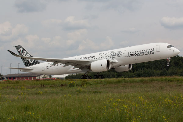 """FRA 26.07.2014; F-WWYB; Airbus 350-900 """"Route proving"""""""