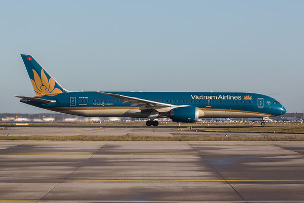 FRA 08.01.2016; VN-A862, Vietnam Airlines Boeing 787-9