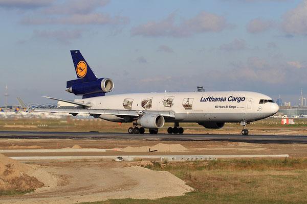FRA 28.10.2012; D-AICC Boeing MD-11 Lufthansa Cargo sp. cs.