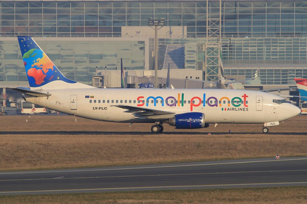 FRA 01.02.2012; LY-FLC Boeing 737-300 Small Planet