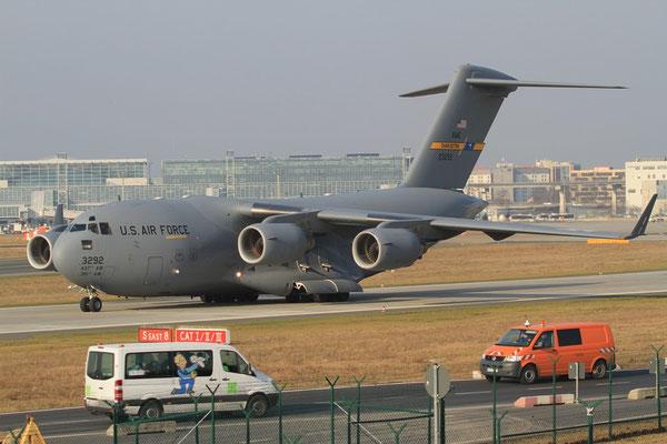FRA 31.01.2012; 92-3292 Boeing C-17 A USAF (Charleston AFB)