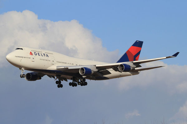 RMS 19.01.2012; N675NW Boeing 747-400 (Delta Airlines)