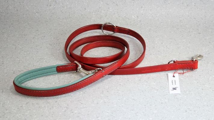 Hundeleine BASIC verstellbar / Größe: 2,0 m / Breite: 1,6 cm / Farbe Oberleder: Red/Rot / Farbe Unterleder Handschlaufe: 7 Türkis / Farbe Naht: Grün / Verzierung: - / Preis: € 97,-