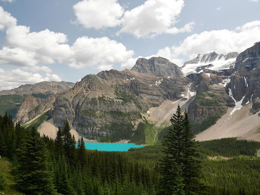 Der Moraine Lake von oben