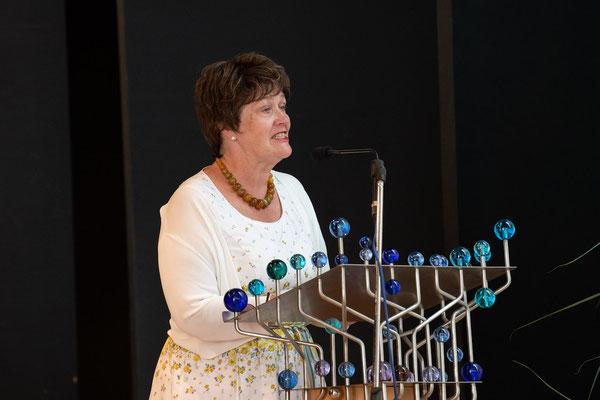 Vorsitzende des Förderkreises: Frau Dechant