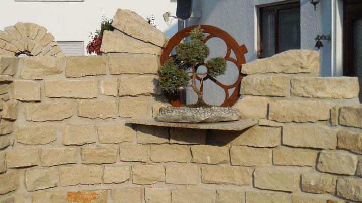 Sichtschutzmauer aus Naturstein