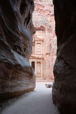 Petra : Khazne al-Firaun  ( Treasury )