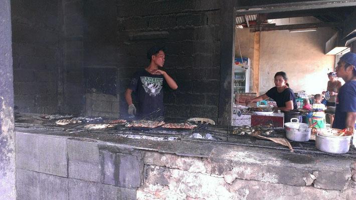 2. beim Barbecue abgeben