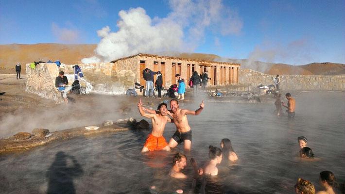 Aufwaermen im Hot Pool...Hot war hier relativ!!!
