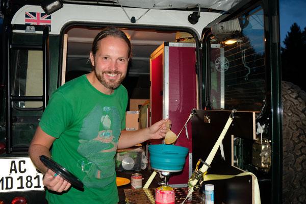 es ändert sich nichts-Mirko gehört in die Küche!!!