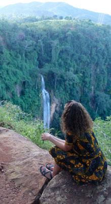 Manchewe Wasserfall von weitem...