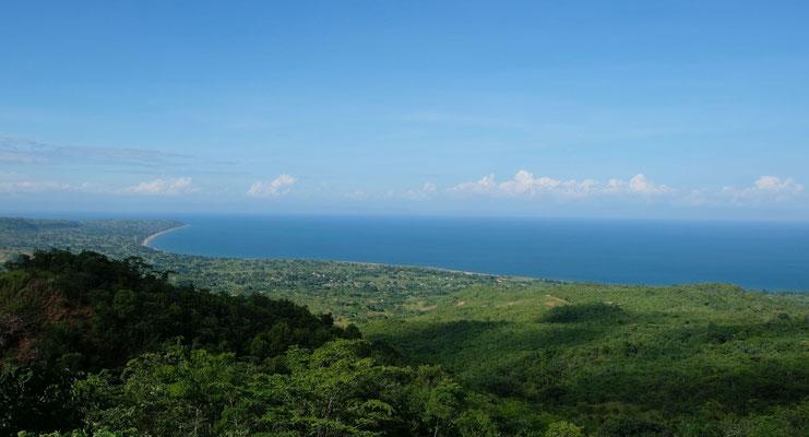 Der Malawi- See von weit oben