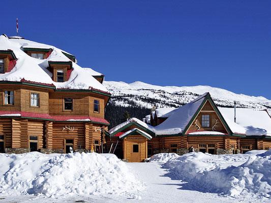 Lake Louise, Num-Ti-Jah Lodge
