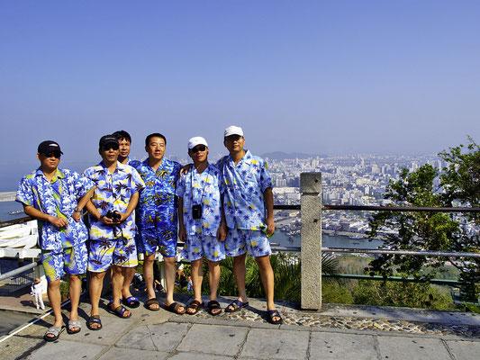 Sanya, Chinesen im Hawaii-Look