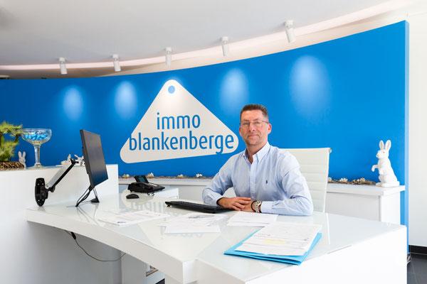 Immo Blankenberge, Sven, De Smet de Naeyerlaan 6, tel: 050/42.42.20