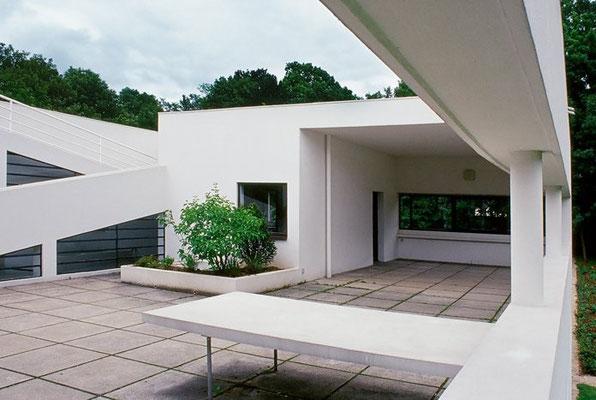 Ville Savoye a Poissy (Arch. LeCorbusier)