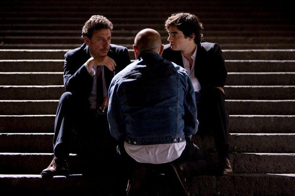 """Sergio Castellitto, Vincenzo Terracciano e Paolo Briguglia in """"Tris di donne e abiti nuziali"""" di Vincenzo Terracciano"""