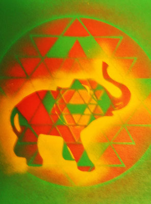 01Elephant on Yantra wood 30x30      54,- Eu