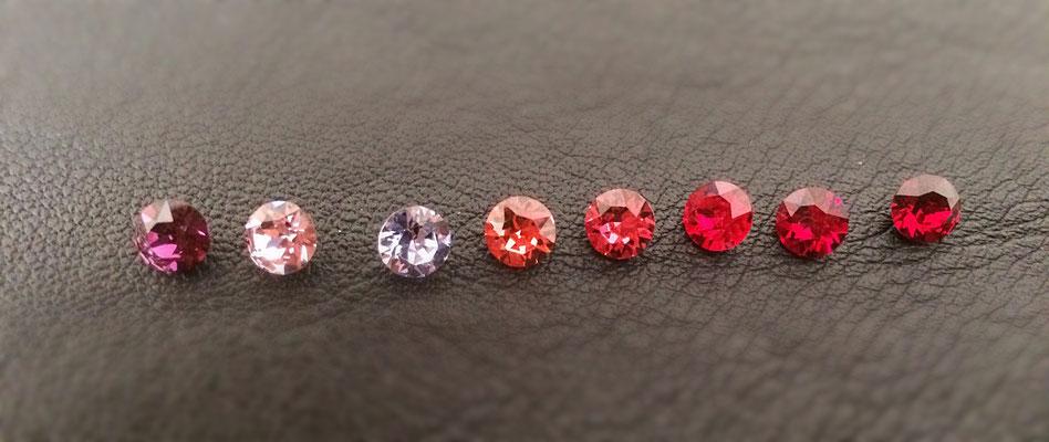 v.l.n.r.: Amethyst, lt. Amethyst, Provence Lavender, Padparadscha, Indian Pink, lt. Siam, Siam, Ruby