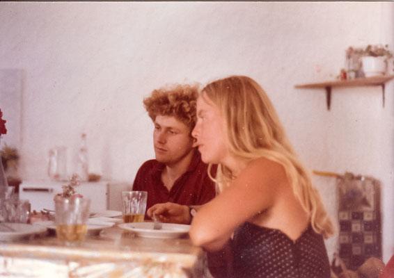 Köchin Isabelle und Küchenhilfe Klaus