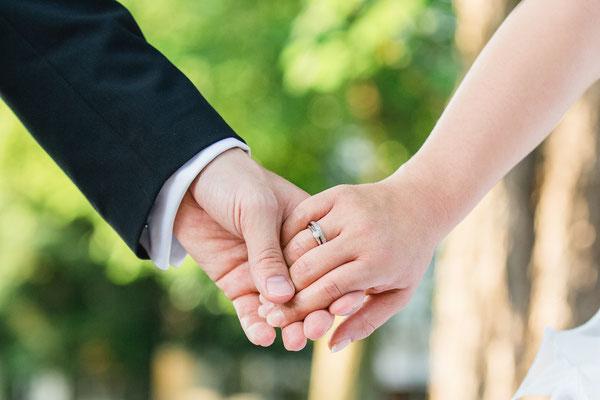 Brautpaar, Hochzeitsfotograf, Hochzeitsreportage, Hochzeitsfotograf Frankfurt am Main, Hochzeitsvideos, der schönste Tag des Lebens, Impressionen einfangen, ich begleite Sie an Ihrem Tag