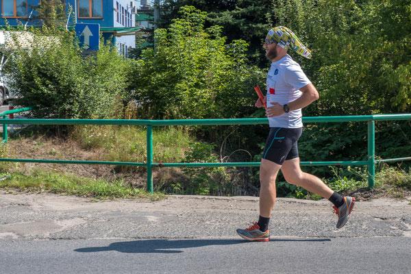 Der Endspurt naht: Paweł Makulski läuft seiner Heimatstadt entgegen