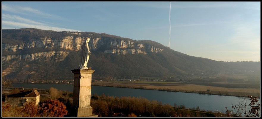Die Rhône und Mont-Tournier