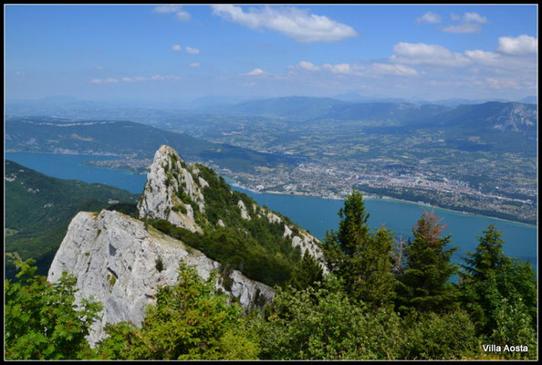 Lac du Bourget aus Col du Mont du Chat