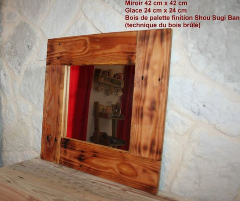 Miroir encadrement en bois de palette