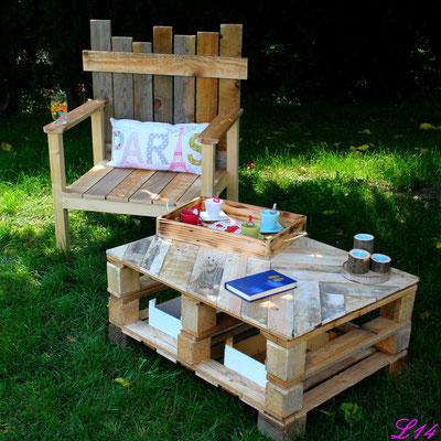 Fauteuil et table basse en bois de palette