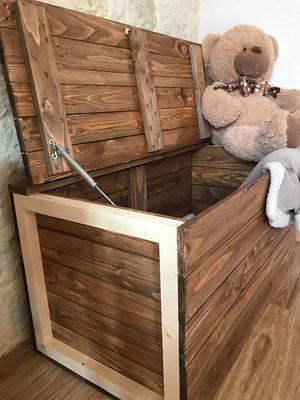 Banc-coffre en bois de palette