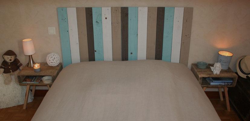 Tête de lit en bois de palette