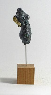 Miniatur-Torso aus Pappmache mit Bronzepatina und Blattgold - Größe ca: 22 cm - ohne Titel