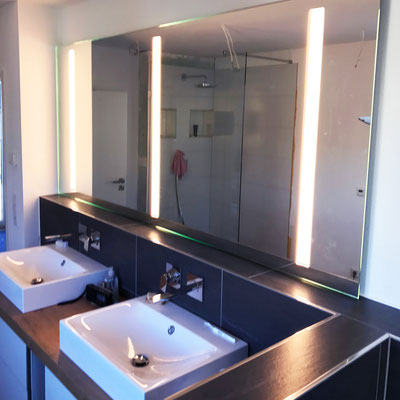 Beleuchtete Spiegel