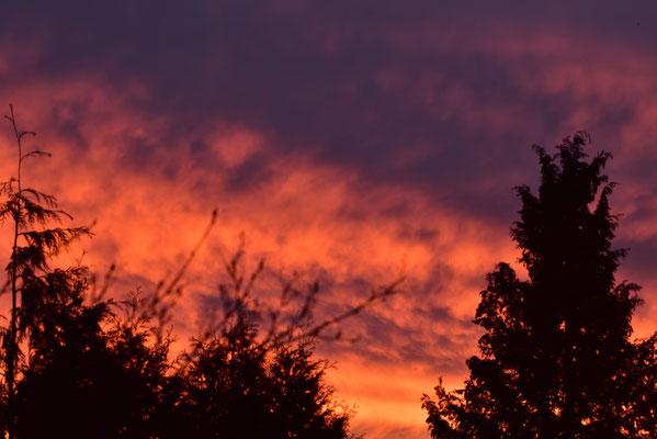 der Himmel steht in Flammen