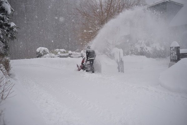 beim Fräsen des Schnees