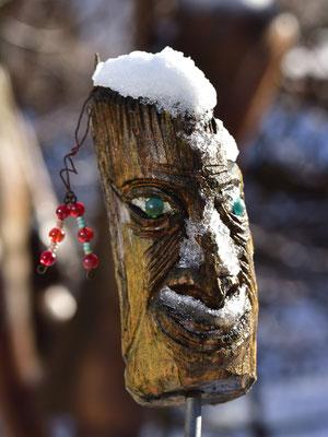ursprünglich vom Havelland hält der Holzkopf dem Wetter Stand
