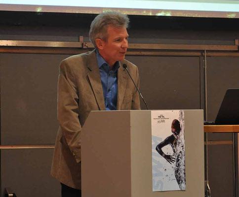 Philip Schädler bei seiner Ansprache