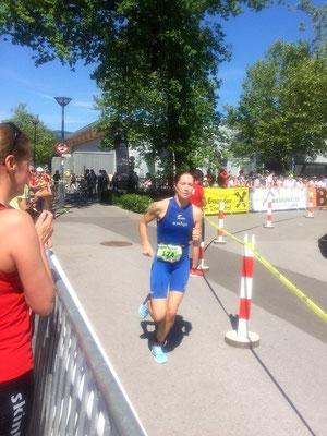 Nicole Klingler auf dem Lauf-Rundkurs