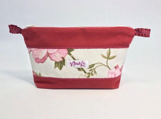 Schönes aus Stoff, kleine Taschen, Charitymarket.de fair, nachhaltig, handgefertigt