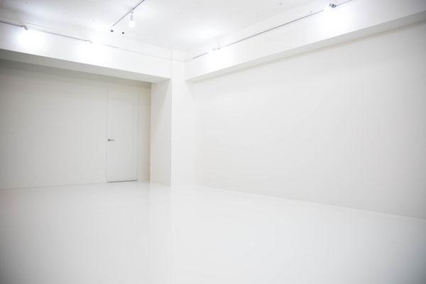 秋葉原 コスプレスタジオキチサ Whiteブース 撮影例5 白 ホワイト