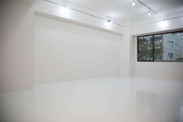 秋葉原 コスプレスタジオキチサ Whiteブース 撮影例4 白 ホワイト