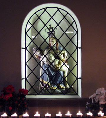 Diese barocke Pieta  findet man hinten im  Kapuzinerkloster.