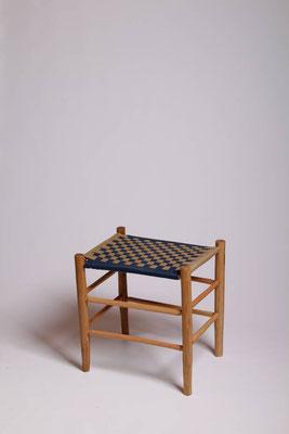 Rahmenhocker aus Roteiche mit eine Bespannung aus Baumwollgurtband #1717