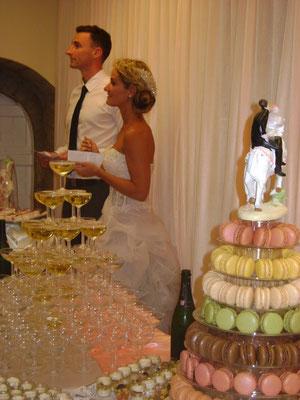 MARIAGE DANET TRAITEUR-  Fontaine de champagne et buffet desserts